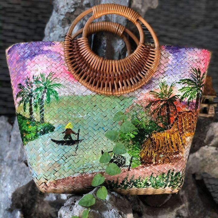 Motifs Sedge Handbags with Rattan Handles